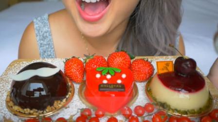 小姐姐吃三种口味的慕斯蛋糕,口感柔软顺滑凉爽,据说是皇室才能吃的