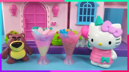 灵犀小乐园之美食小能手 凯蒂猫给草莓熊DIY雪花泥糖果冰淇淋
