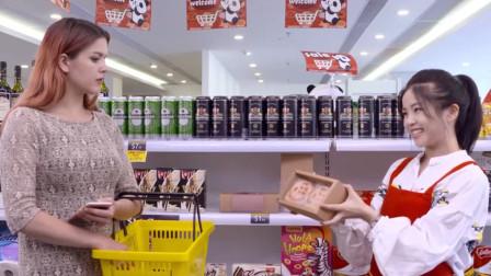 外国人买月饼:五仁月饼等于五人月饼?表示一个都吃不完!