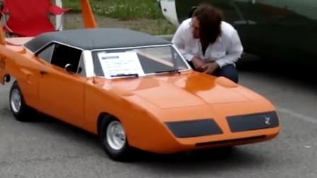 这款迷你汽车长3.4米,高度仅0.6米,驾车要躺着开!