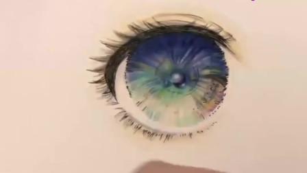 手绘教程:用马克笔和彩铅画出星空般绚烂的动漫人物眼睛,超迷人