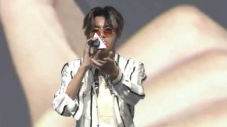 吴亦凡EXO时期rap集合,网友:以前挺好的,怎么回国就崩了!
