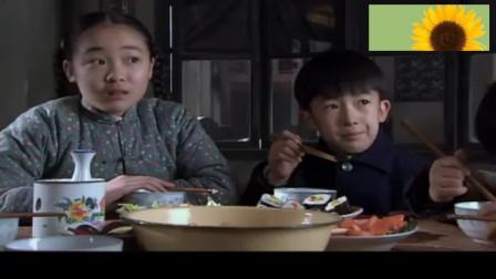 多鹤教大家吃寿司,太好吃无意蹦出一句日语