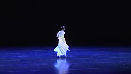 洛神赋古典舞,姑娘的独舞真的超级好看,身姿优美