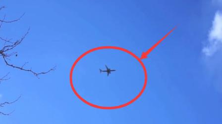 男子无聊拍摄天上飞机,突然发现不对劲,下一秒太惊险了!