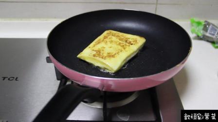 歆恒家常菜之鸡蛋面包片,美味有营养的早餐,孩子的最爱