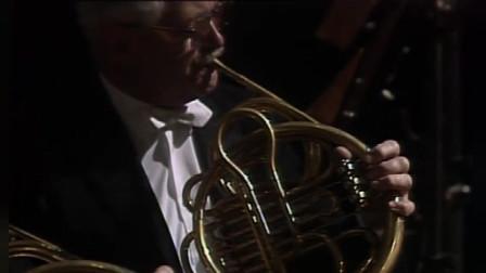 阿巴多指挥维也纳爱乐:瓦格纳歌剧《罗恩格林》第三幕序曲