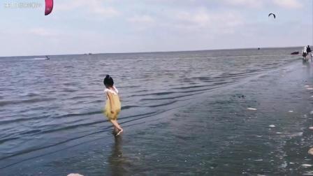 一段粗糙的VLOG之假期去海边吹吹风幼儿园小班的小朋友