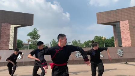 蒙古族的民族舞,帅就完事了