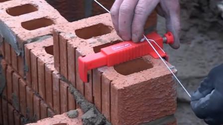 """大叔发明""""砌墙""""神器,不用油不用电,10元就能造一个"""