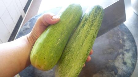这个季节黄瓜最好吃的做法,清脆爽口,夏季必备的凉菜