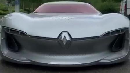 雷诺概念车抢先看,进入驾驶室的时候,才知道什么是科技感!