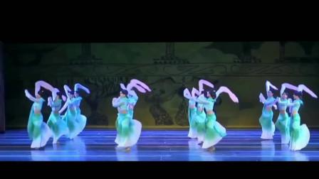 古典舞孔子之采薇完整版来了,体验古典舞的独特魅力