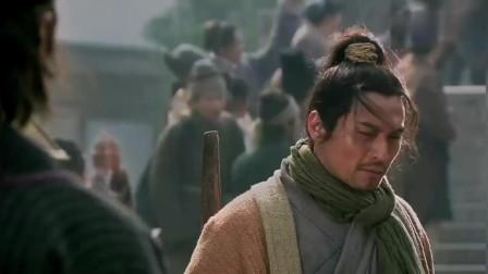 《新水浒传》病关索杨雄受尽窝囊气,拼命三郎石秀拔刀相助,最后才使出真功夫