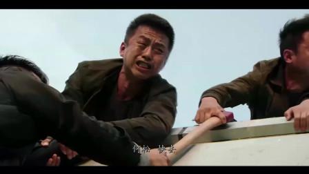 邓超这部电影,反正我是扶着墙看完的,佩服的五体投地。超哥只要不是自导自演演技都在线