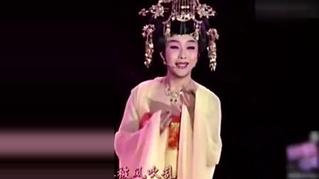 李玉刚很喜欢周杰伦的这首歌,女装扮相再唱《菊花台》征服所有观众!