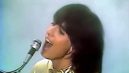 从小听到大的《动物世界》BGM竟然是他们唱的!40年前的电音神曲