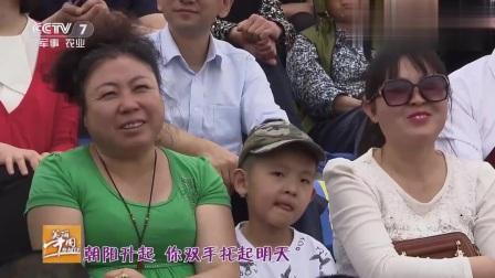 美丽中国乡村行:美女现场经典歌曲,歌声娓娓动听,真是人美歌甜