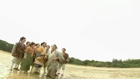 人龙传说:美女下水救人,不想却显出真身,原来她不是人类!