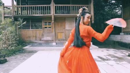 汉服姑娘的古风舞蹈,这个调色感觉很奇怪啊