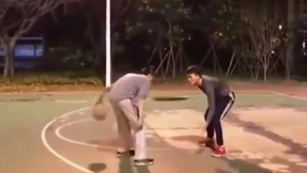 野球场遇到CUBA球员根本没法玩, 一手科比式甩投叫人绝望