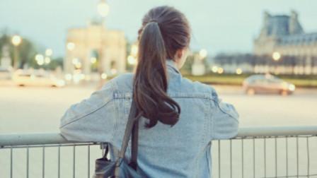 女生绑头发三年从未解开,被偷偷解开后,父母震惊不已!