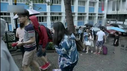 优秀女儿留学考试,母亲香港陪考:女儿出国深造,才有更多机会!