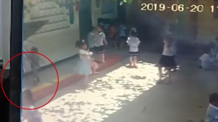 海南一幼儿园玻璃掉落砸倒6岁女童 全身5处伤口被缝23针