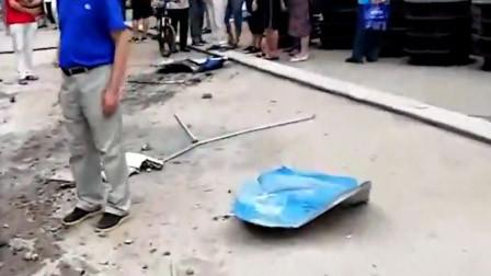 肇事车第一视角曝光!自贡一轿车失控冲上人行道 致行人1死4伤