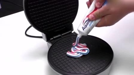 将牙膏挤到电饼铛里,猜猜会发生什么?