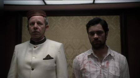 凶手一身血衣走进电梯,还一脸淡定地说是个意外,这也太猖狂了