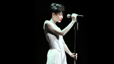 他一生写了4000首歌 捧红王菲成全了陈奕迅 这两首却堪称备胎神曲