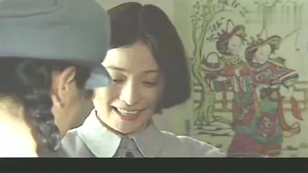 江青居然嫌弃保姆太土,把自己旧衣服送给了她!保姆甚是感动!