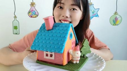 """DIY创意""""圣诞小屋巧克力"""",拆房用嘴不用手,浓香丝滑味道美"""