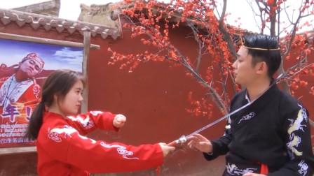 《游四方》主播带你去旅行:走进宁夏镇北堡西部影视城