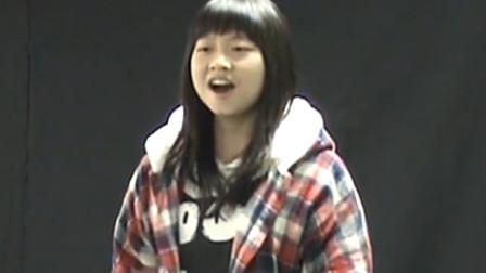 高中时期冯提莫演唱《天下无双》,飙海豚音无压力,网友:好可爱