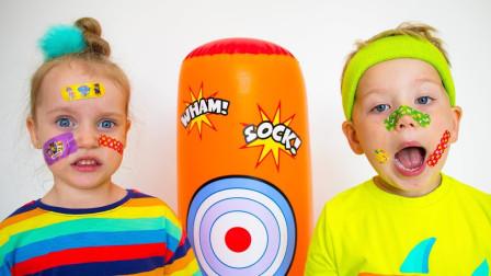 超搞笑!萌宝小正太和小萝莉究竟遭遇什么?为何脸上贴满了创可贴呢?儿童玩具游戏故事