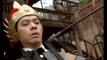 将军瞧不起猎户,仗着箭法好出言挑衅,猎户:一百步射中我算你赢