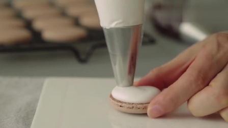 巧克力马卡龙制作教程,用来当下午茶肯定棒棒的