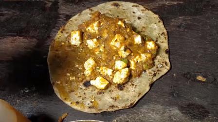 印度街头,手工咖喱卷饼,你别说分量很足