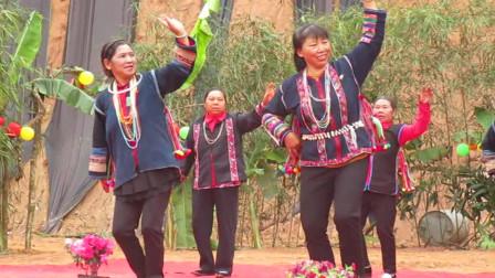 格朗和乡帕真村妇联庆妇女节14-导演:李清升-哈尼族爱伲族阿卡广场舞蹈歌曲