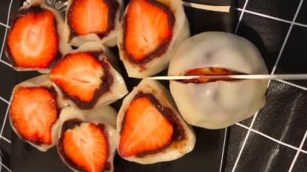 """教你自制""""草莓挞芙""""做法简单,不用再到外面买,大人孩子都爱吃"""