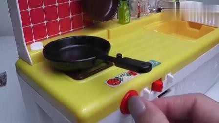 迷你小厨房:今天想吃饺子了,那就自己动手包吧