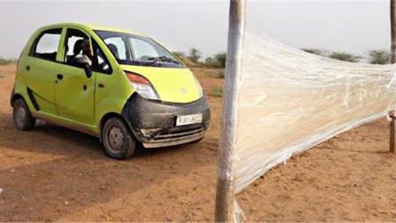 印度车质量真的不行?印度小哥油门踩到底,3秒后明白了