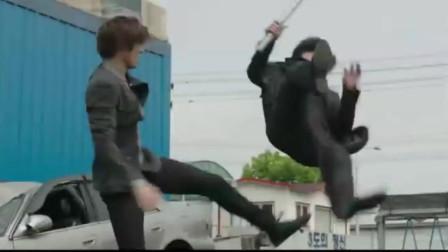 城市猎人:李敏镐只身赴废车场,一人打十人,使出终极武器:大长腿