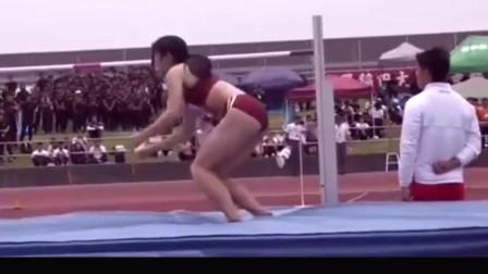 日本跳高选手 , 为何如此性感?散开头发那一刻我恋爱了!