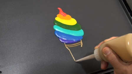 小姐姐把煎饼做成了彩虹蛋糕煎饼画,好吃又有创意