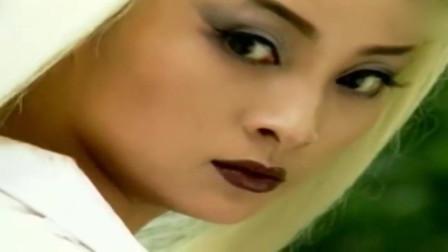 白发魔女:玉罗刹变白发魔女三年后首次现身,霸气出场 !