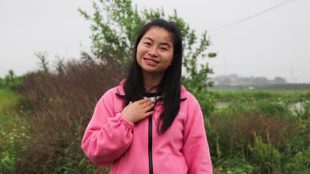 迷恋钱财会后悔的,农村姑娘唱《贪婪是万恶之根》告诫年轻人