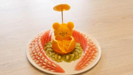 可爱的小熊水果拼盘